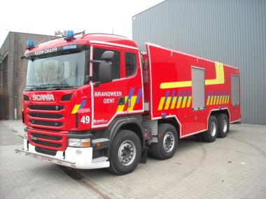 Camion-citerne Scania G480 8x4 – autopompe à mousse
