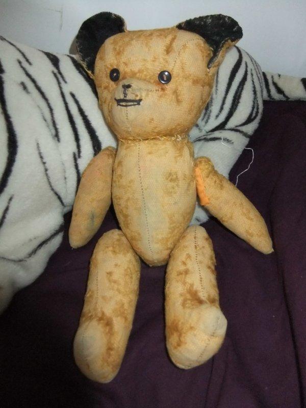 Pour Oursementvotre et Oursantique90, et tous les amateurs de vieux ours.