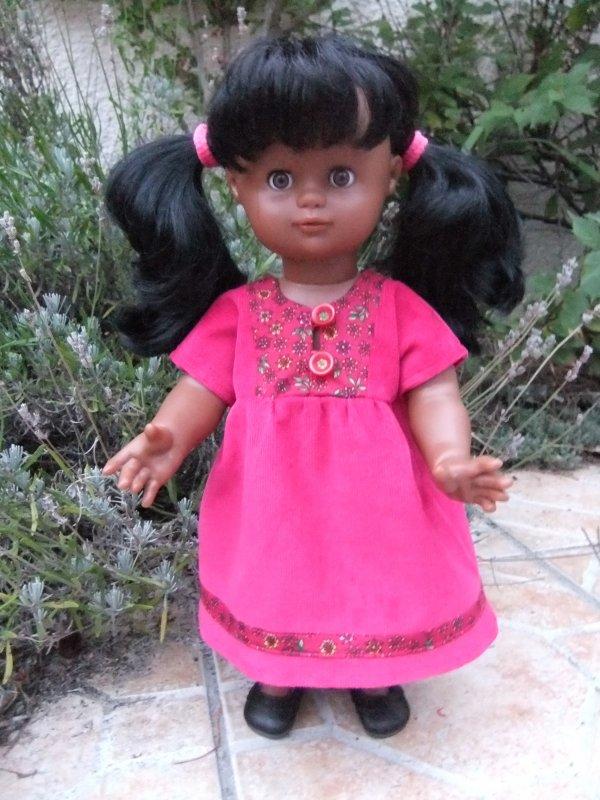 Une nouvelle robe pour Emilie: modèle de novembre 2009