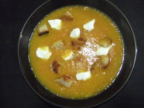 Ce soir, pour réchauffer: soupe au potiron façon Tatimas.