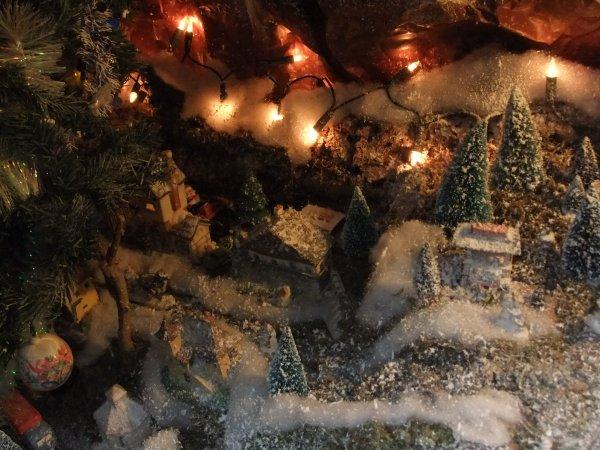 Village de montagne réalisé par un ami pour ses petits-enfants !