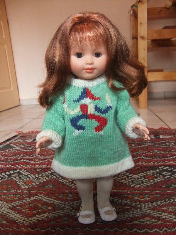 Marie-Françoise dans la robe en laine d'Août 1974!