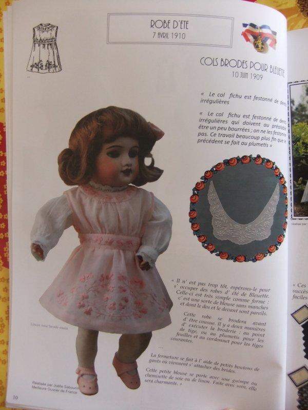 Quelques photos du livre sur le trousseau de Bleuette !