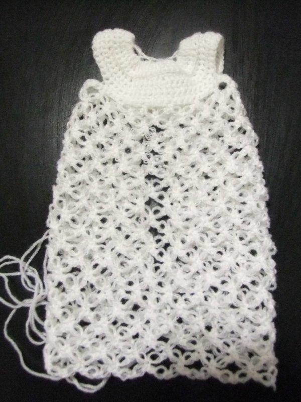 Mon encours: chemise de nuit au crochet pour Rosette!