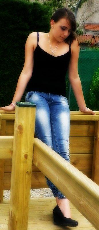 ~Il y a des chagrins d'amour que le temps n'efface pas et laisse au sourire des cicatrices imparfaites. ღ