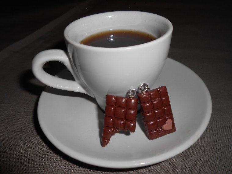 Miam la tablette de chocolat au lait !