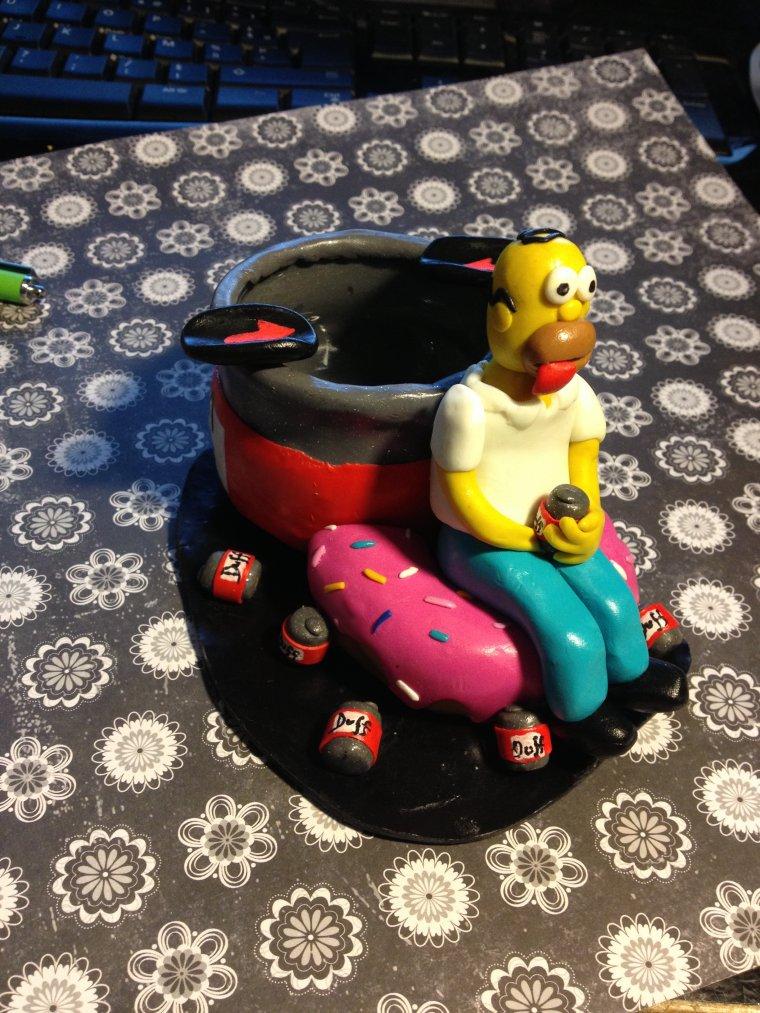 Cendrier Homer simpson 12 euros seulement !
