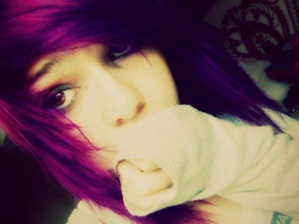 Cheveux violet *^*
