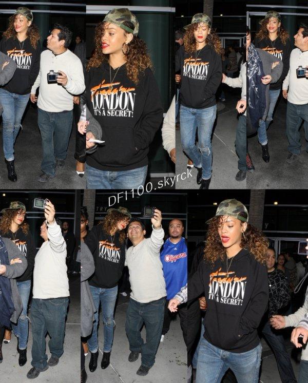 11/01/12                     Rihanna quitte un match de basket à Los Angeles