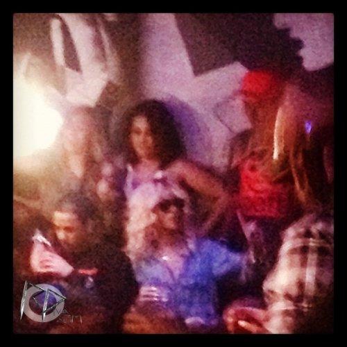 "Rihanna au restaurant ""Giogio Baldi"""