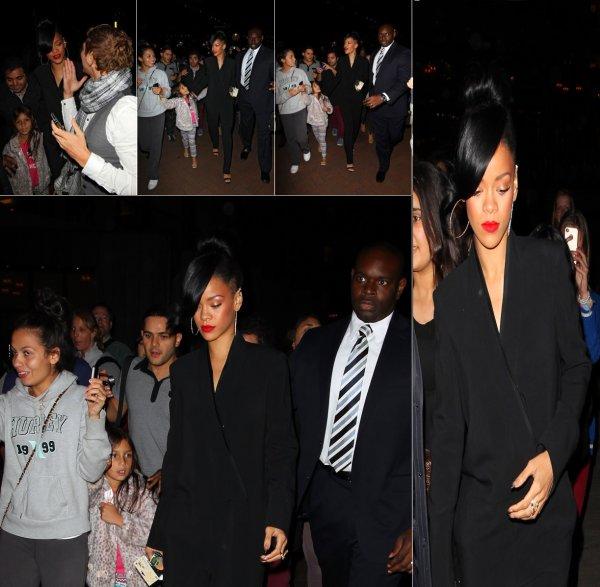 Le 10/04/12            Rihanna présente à l'avant-pramière de Battleship en Australie