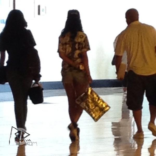 Rihanna arrive à la Nouvelle-Orléans