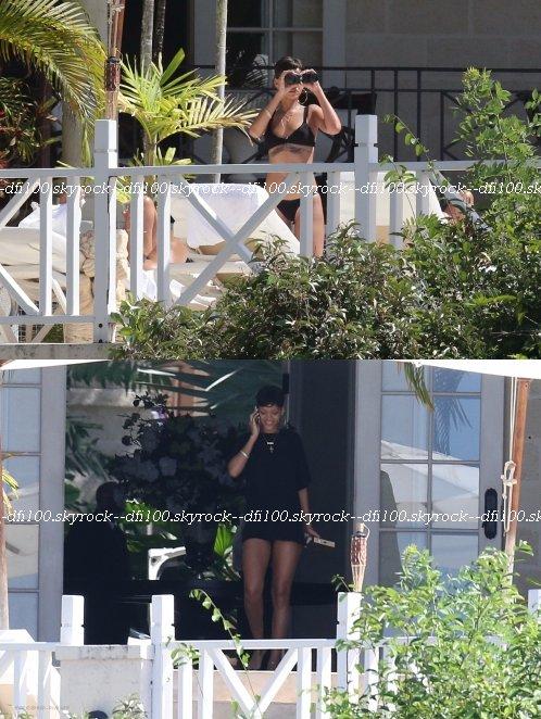 Rihanna dans sa villa à la Barbade