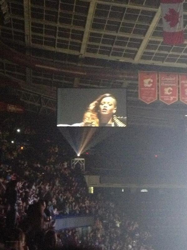 Le 30 Mars 2013:              Concert de Rihanna à Calgary, Canada