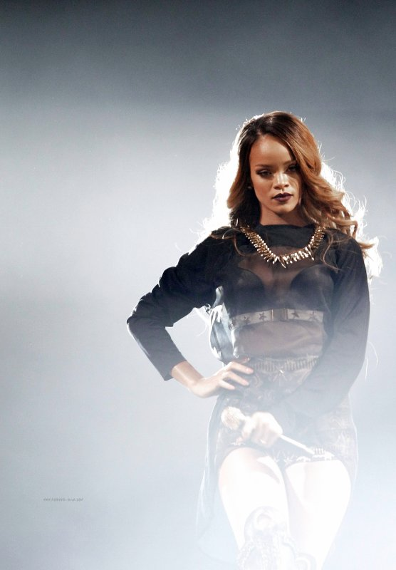 Le 5 mai 2013:             Concert de Rihanna à Brooklyn (New York)