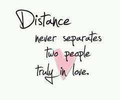 Je vis un amour à distance - 8