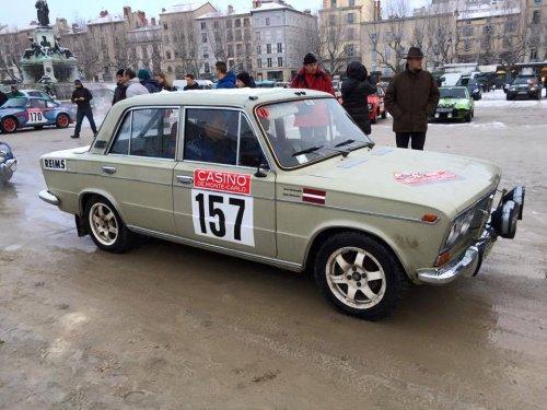 Une LADA 1500 S huitième à l'arrivée du Rallye Monte-Carlo Historique !!!