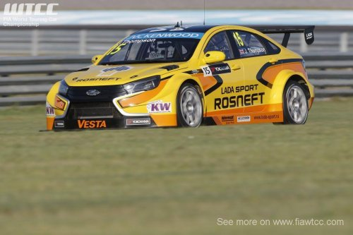 WTCC en Argentine (2) : James Thompson en pole position avec la LADA VESTA !!!