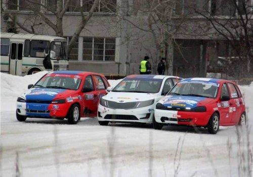 """Finale glace """"N-1600"""" : Karamyshev et Zagumennov privent LADA de succès !!!"""