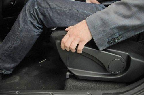 """Enfin un siège conducteur réglable en hauteur pour les LADA KALINA II """"lux"""" !!!"""
