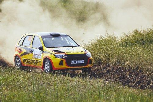 """Rallye """"Phanagoria 2015"""" : victoire en tractions pour LADA Sport Rosneft !!!"""