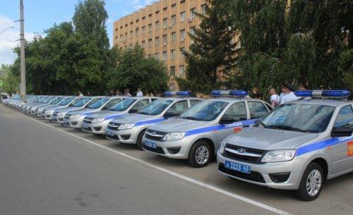 Livraison de vingt nouvelles LADA GRANTA Sedan pour la police de Togliatti !!!