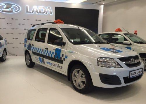 Ventes de LADA en juillet, promotions et nouveautés, taxis et parc automobile...