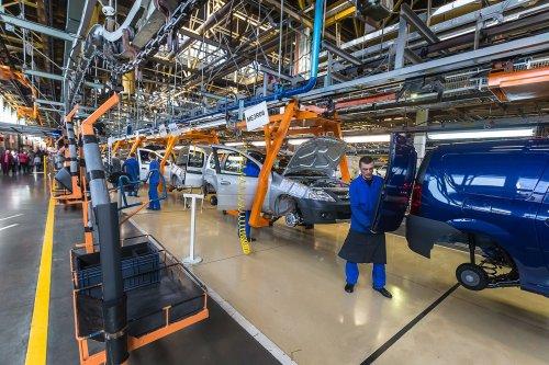 Production de LADA LARGUS Cross en hausse pour atteindre 100 unités / jour !!!