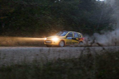 "Rallye ""Predgoriya Kavkaza 2015"" : LADA Sport Rosneft mange de la Lionne !!!"