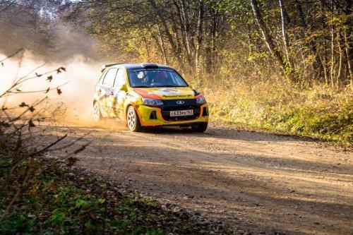 """Rallye """"Adygea 2015"""" : doublé et Coupe de Russie pour LADA Sport Rosneft !!!"""