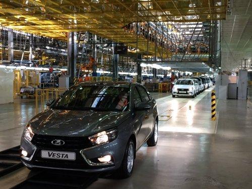 Plus d'une voiture sur trois assemblée en Russie en 2015 l'a été par AVTOVAZ !!!