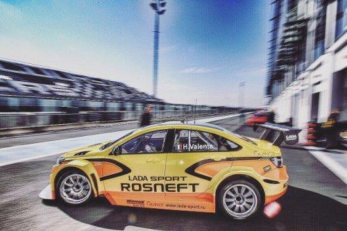 LADA Sport Rosneft prête pour l'ouverture du WTCC ce week-end en France !!!