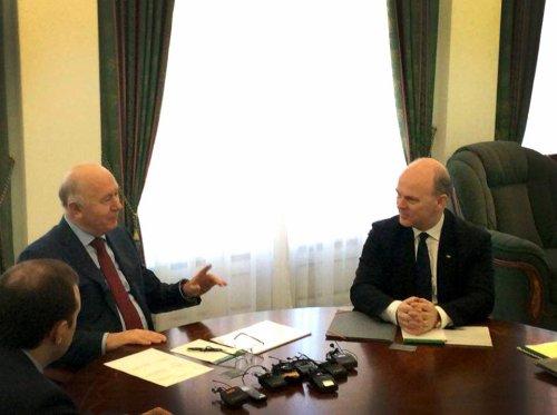 Visite chez Izh-LADA et rencontre avec le Gouverneur pour Nicolas Maure !!!