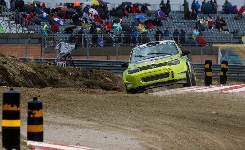 FIA Euro RX en Grande-Bretagne (2) : un point c'est tout pour Egor et sa LADA...