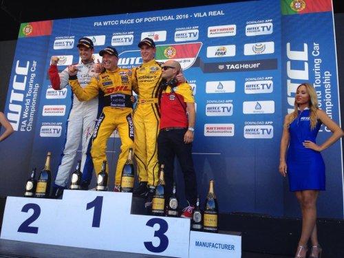 WTCC au Portugal (3) : Nick Catsburg hisse ses 70 kg de lest sur le podium !!!