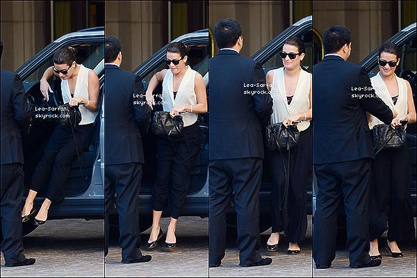 . 26/12/2012 : Lea a été aperçue en train d'arriver au « The Montage Hotel » à Beverly Hills.  • Comme nous pouvons voir, Léa était sublime, je lui accorde un top pour sa tenue, et vous qu'en pensez-vous, Top ? .