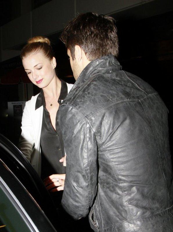 28/04/13: Emily & Joshua au Chateau Marmont à Los Angeles