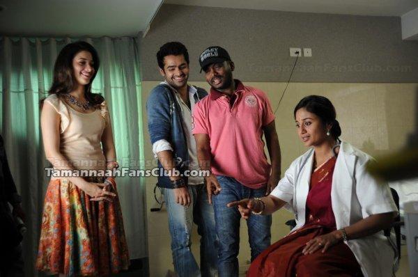 Sur le tournage de Endukante Premanta / Yen Endraal Kaadhal Enben
