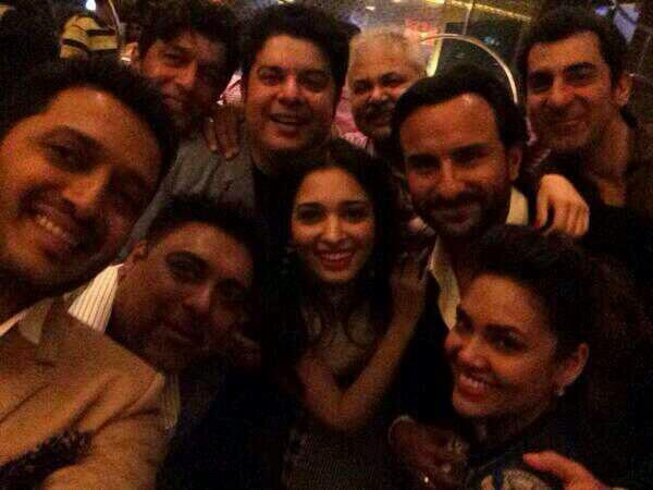 Selfies By Humshakals Team