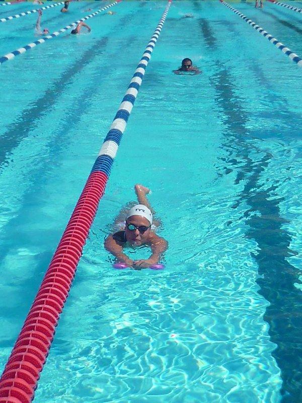 final du 100m  nage  libre de  elodie  L et anaelle R S 10