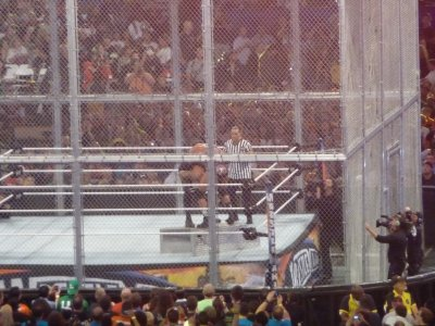 Hell In a Cell (suite)