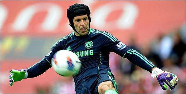 Cech absent un mois