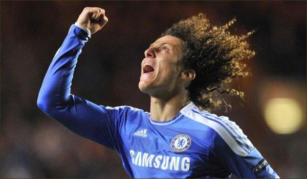 Luiz félicite Mata et Torres