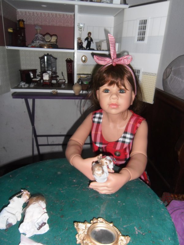 ANOUCK et sa maison de poupées!