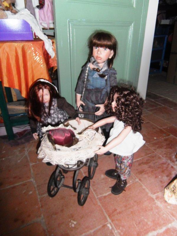"""Malvina et ses deux """" petites soeurs""""..."""