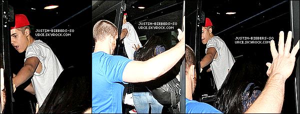 . 26/05/12Justin Bieber a été vu hier après-midi alors qu'il quittait un studio d'enregistrement à Burbank en Californie.+ Justin Et Selena Se Retrouvent À L'aéroport De LAX.