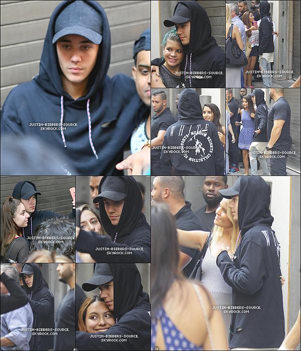 """Le 2 septembre, Justin était présent au programme TV """"The Tonight Show Starring Jimmy Fallon"""" à New York. + Le 2, Justin à été vu faisant du skateboard à Times Square, à New York. + Le 2, Justin à été vu arrivant à un studio de musique à New York + Toujours le 2, Justin à été vu faisant du skate dans New York. +  Le 3, Justin à rencontrer des fans dans New York. + Toujours le 3, Justin à été aperçu quittant le restaurant """"Butter"""", à New York."""