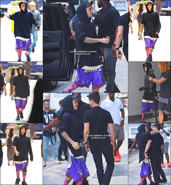 """Le 9 septembre, Justin à été vu dans Manhattan à New York. + Le 11 septembre, Justin à été vu a Beverly Hills, en Californie. + Le 8 septembre, Justin était présent  au """"The Ellen Degeneres Show"""", au Rockefeller Center, à NYC. + Le 10 septembre, Justin était présent au """"Today Show"""" à New York."""