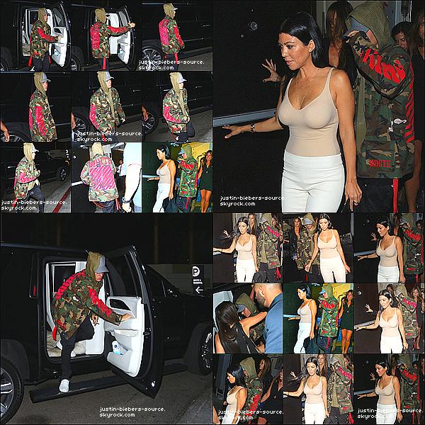 Le 9 octobre :  Justin et Kourtney Kardashian départ du Type Agréable à Los Angeles, CA.