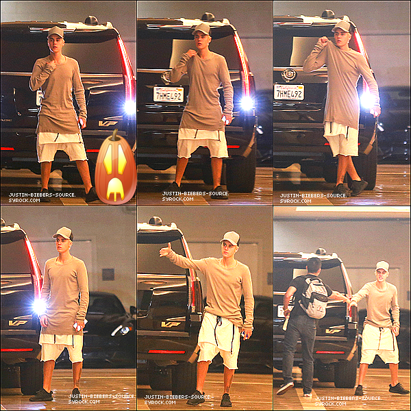 Le 14 octobre : Justin visitant un bureau(des fonctions) de chiropraxie à Los Angeles, CA.+Le 14 octobre : Justin arrivant à un studio à Hollywood, CA.+Le 14 octobre : Justin avec fans à Los Angeles, CA+Achetez 2016 de Justin le Nouveau  Calendrier